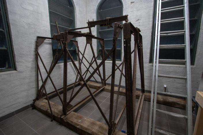 konstrukcja-pod-dzwon